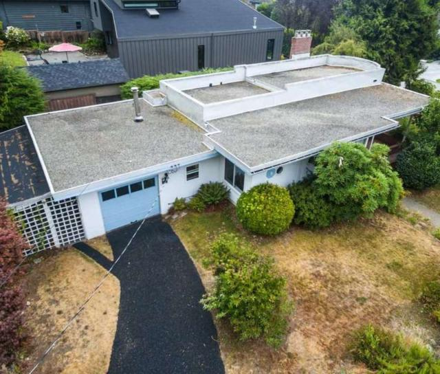 2495 Mathers Avenue, Dundarave, West Vancouver 2