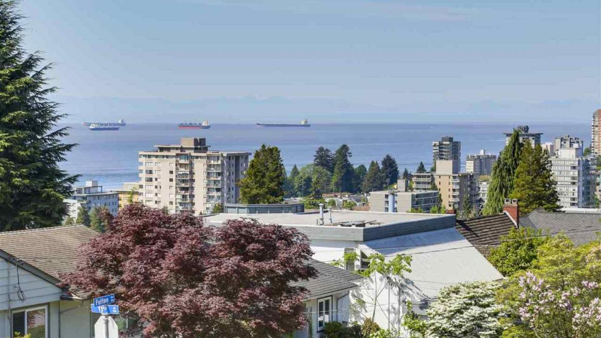 824 11th Street, Sentinel Hill, West Vancouver