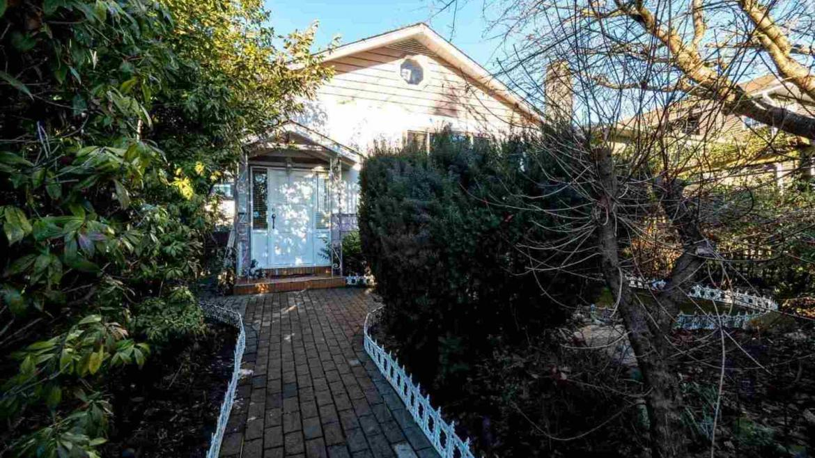 232 W 27th Street, Upper Lonsdale, North Vancouver
